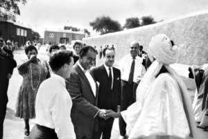 Sir Ahmadu Bello, Sardauna of Sokoto and Premier of the Northern Nigerian Region with jazz singer Louis Armstrong (Kaduna, Nigeria, 1960).