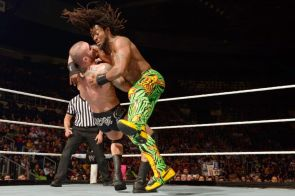 Kofi vs Orton