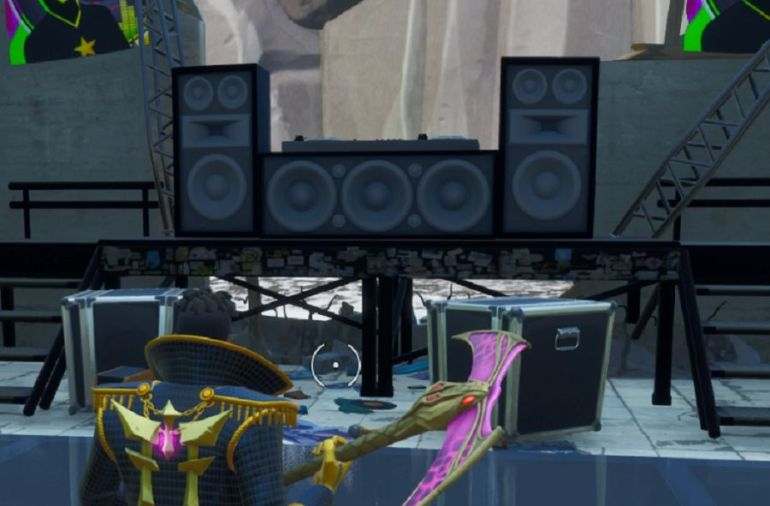 Fortnite Season X Boogie Down: Dance Behind the DJ Booth At