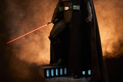 star-wars-darth-vader-lord-of-the-sith-premium-format-300093-02