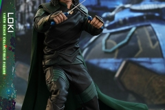 marvel-thor-ragnarok-loki-sixth-scale-figure-hot-toys-903106-02