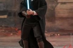 star-wars-luke-skywalker-crait-sixth-scale-figure-hot-toys-903743-03