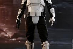 star-wars-solo-patrol-trooper-sixth-scale-figure-hot-toys-903646-04