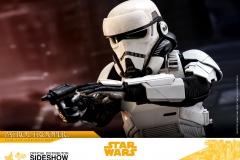 star-wars-solo-patrol-trooper-sixth-scale-figure-hot-toys-903646-15