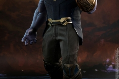 marvel-avengers-infinity-war-thanos-sixth-scale-figure-hot-toys-903429-01