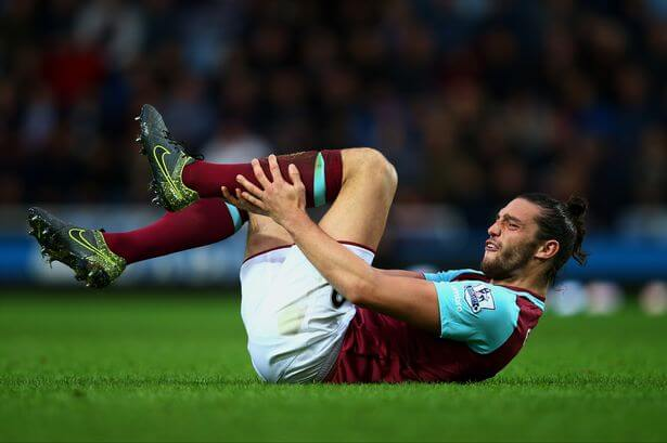 west ham's andy carroll is injured