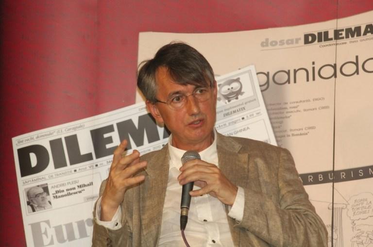 Romanian Cultural Institute president Horia Roman Patapievici defends RCI from Romanian politicians