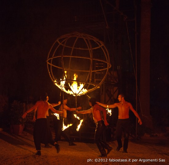 Teatro del Fuoco - International firedancing festival