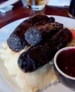 Mustamakkara_black_sausage_Finland_Tampere