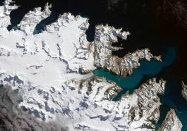 NASA IMAGE OF THE DAY | Glaciers Ebb on South Georgia Island