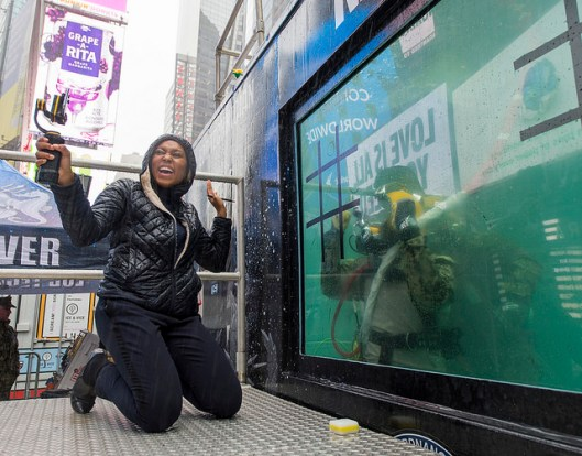 Navy Divers from Explosive Ordnance Disposal Group (EODGRU) 2 provided demonstrations in a dive tank in Times Square as part of Fleet Week New York 2017. Fleet Week New York, now in its