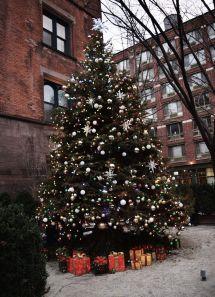 Highline Hotel Christmas Tree