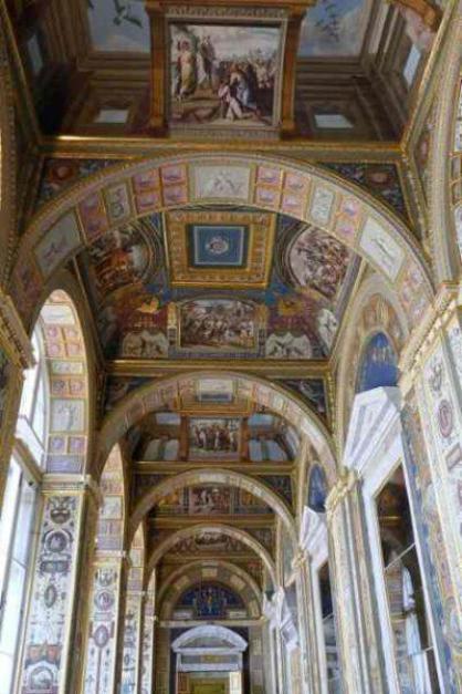 Plafond de la galerie du musée de l'Ermitage