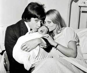 ray davies rasa et louisa davies bébé 1965