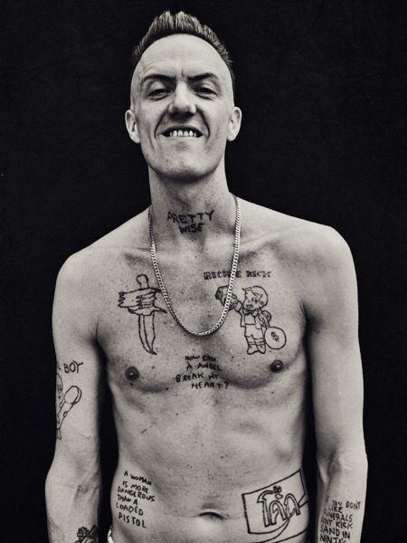 Tatuaje En La Cintura Hombre Sfb