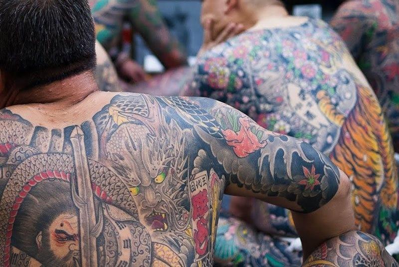 Tatuajes Orientales De Las Geishas A Los Peces Koi
