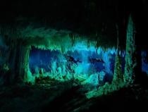 sea-bahamas-under-water-cave-by-wes-skiles