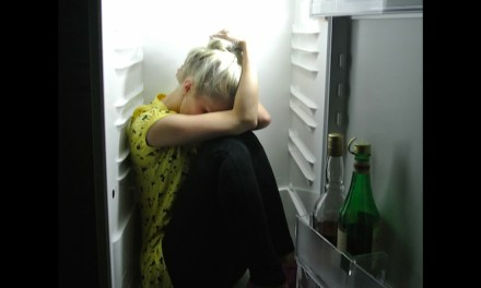 'Fridge' at Festival 47: The Problem of Staging Mental Illness