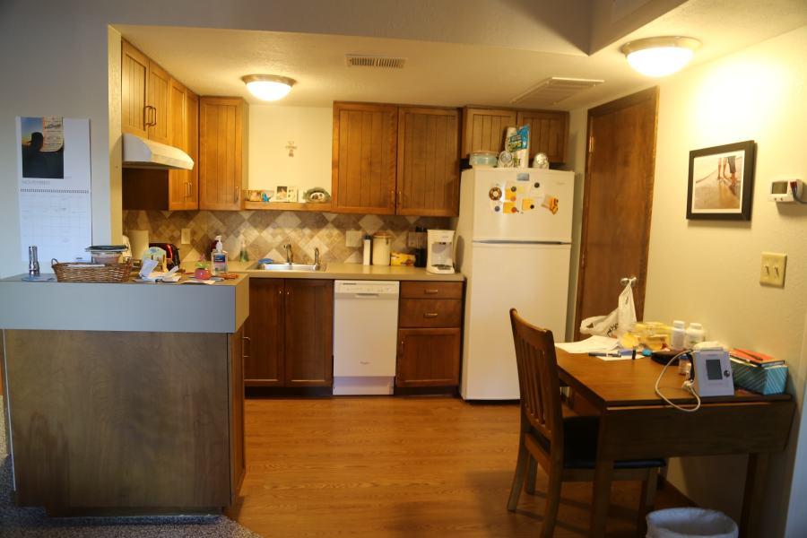 Kitchen of 2 Bedroom Apt