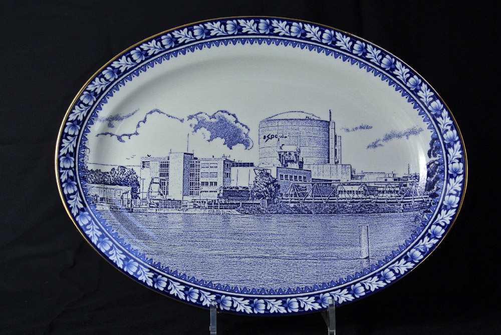 Scott's Cumbrian Blue(s) Beznau. Inglaze decal collage and gold lustre on old earthenware plate (c.1930) marked marked Reliable, Phoenix, Burslem. Return to medium gallery