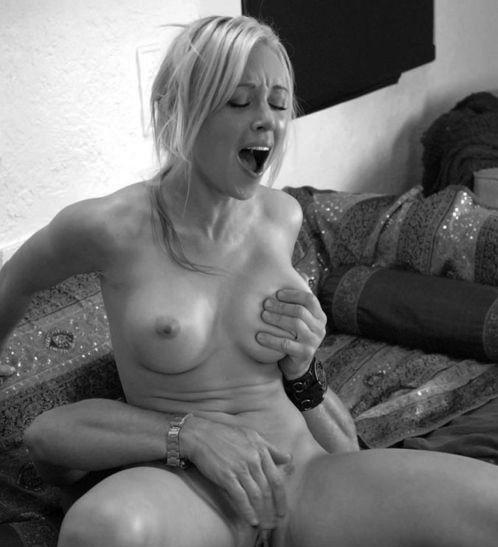 tumblr black and white nudes