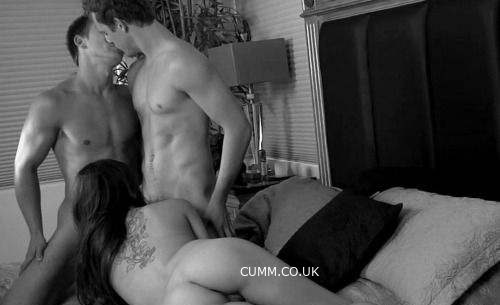 kissing her husband while his wife sucks our cocks