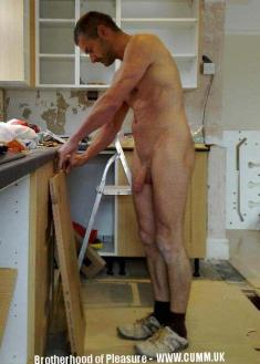 nude-working-dad-4-1