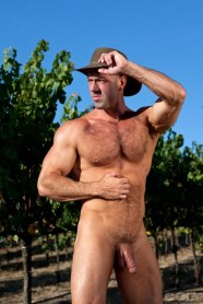 VIC ROCCO naked big dick
