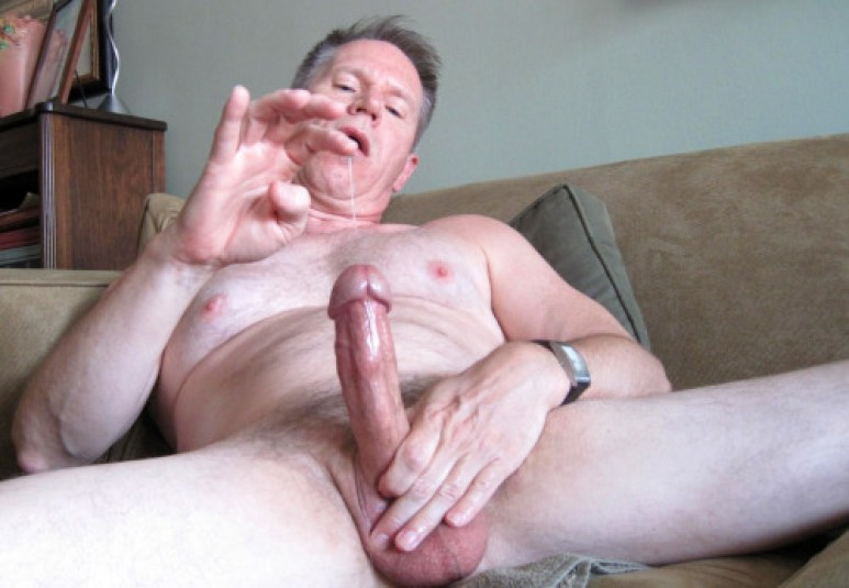 bat vlad mature hung silver daddy