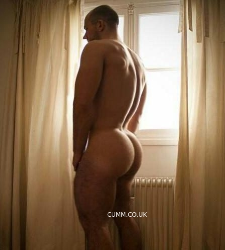 muscle man nude arse