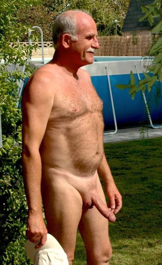 naked daddy gardener big cock