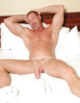 god in bedmature-678