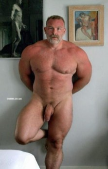 over-50-muscle-daddies-nude