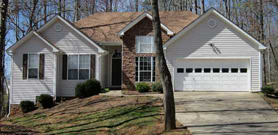 Home Near Lake Lanier Shannon Glen