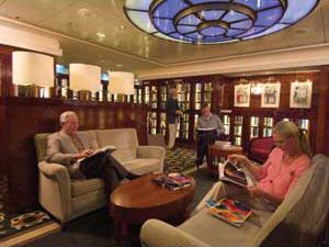 Queen Mary 2  Official Cunard Line Commodore Cruise