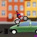 Ninja mèo lái xe máy