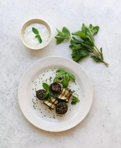 Zucchini rolls with quinoa