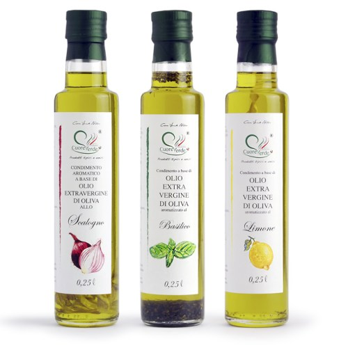 100% Natural spicy extra virgin olive oil