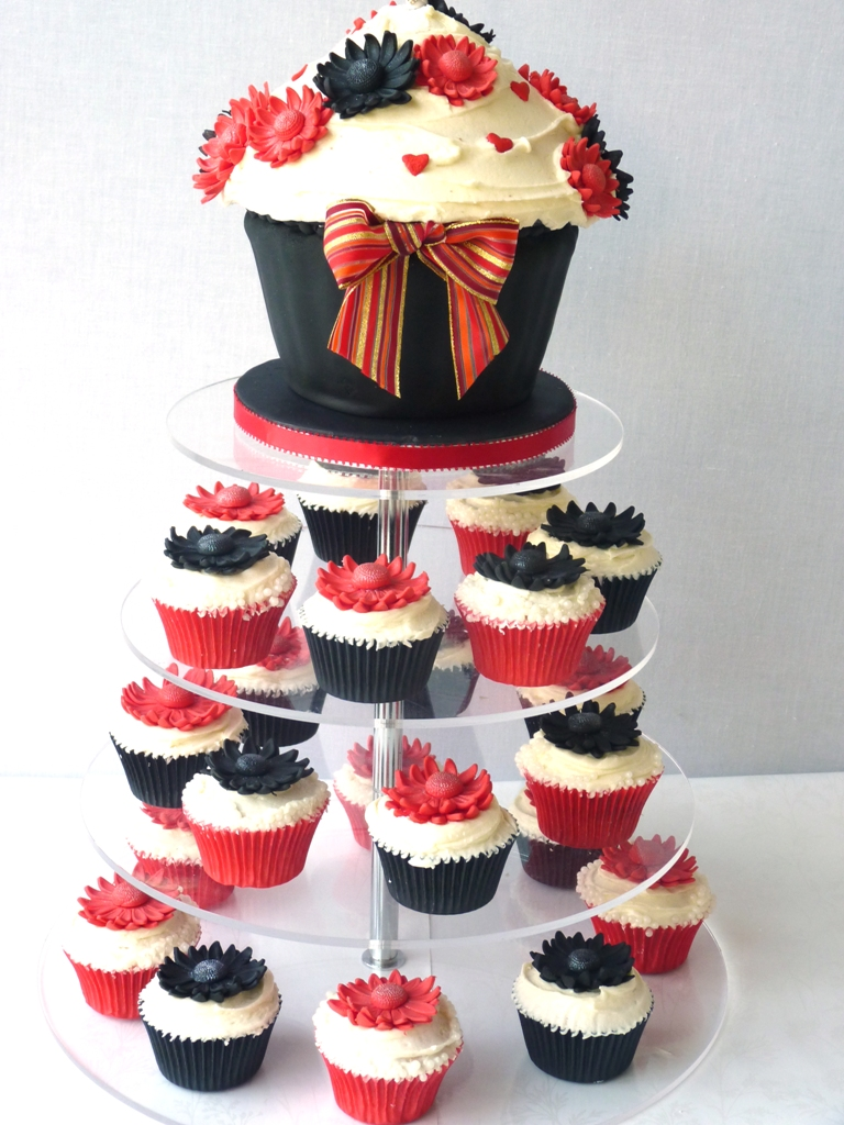 Gerbera Wedding Cake  Cupcake Tower  kitchen fever with thecakediva