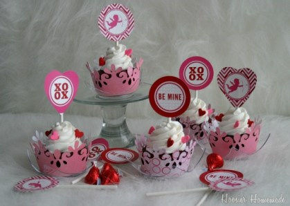 Valentine-Cupcake-Toppers.hh.1