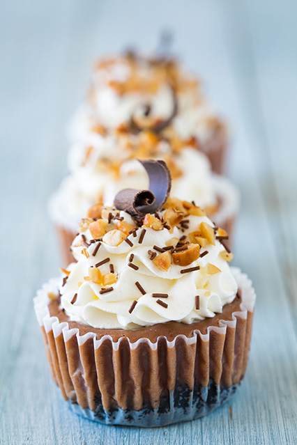 Nutella Cheesecake Cupcakes