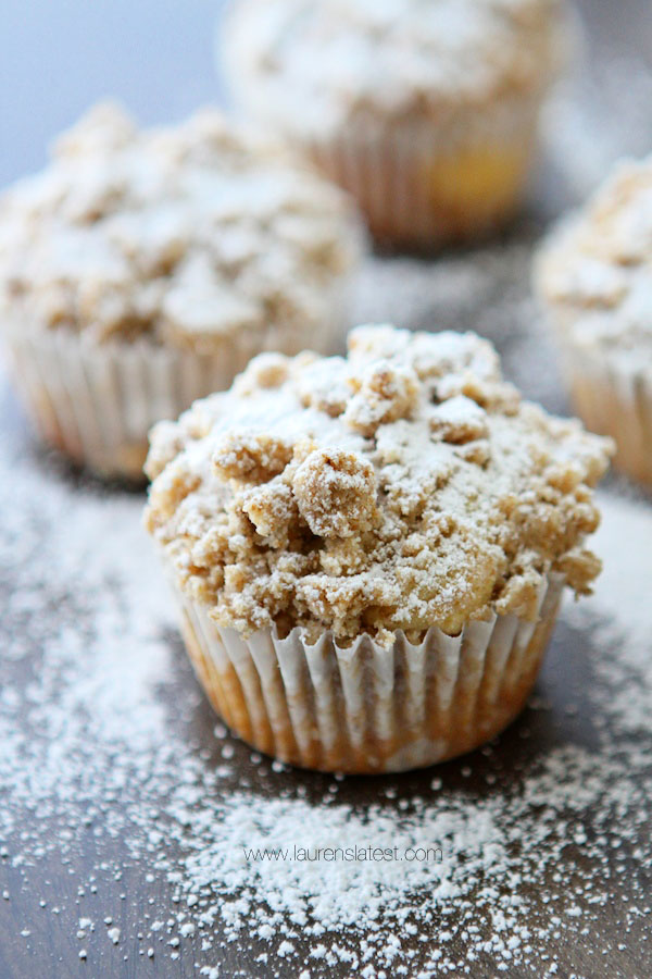 Cream Cheese Filled Crumb Cupcakes