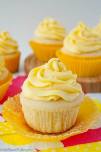 tropical-mango-vanilla-cupcakes-3