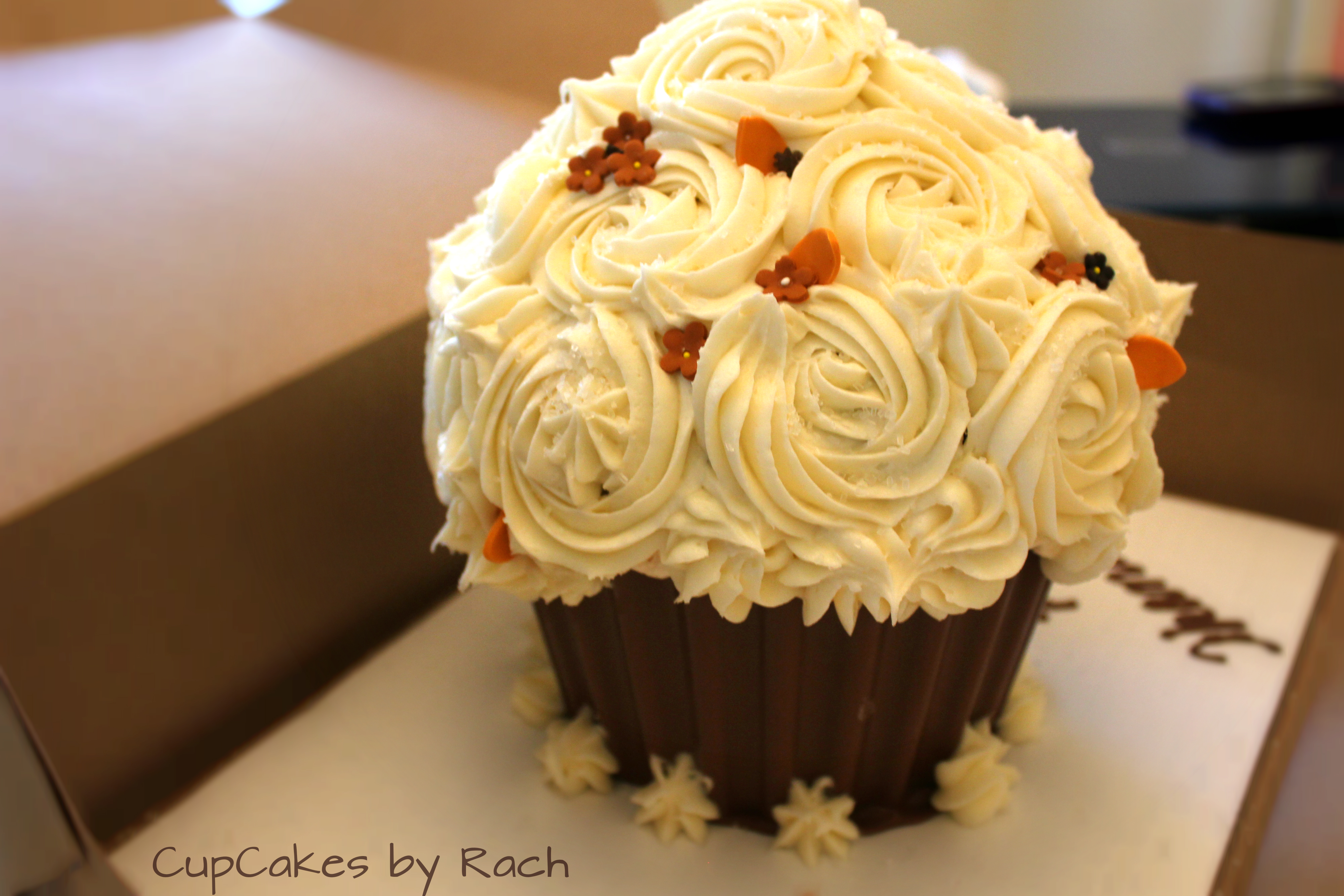 Cupcakes By Rach And Cakepops Too