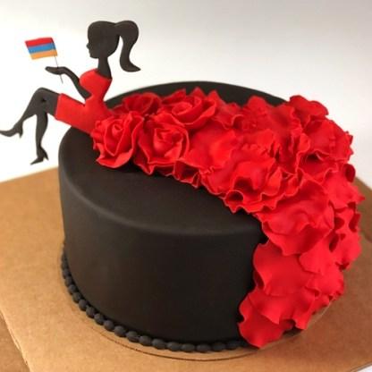 торт молодой девушке