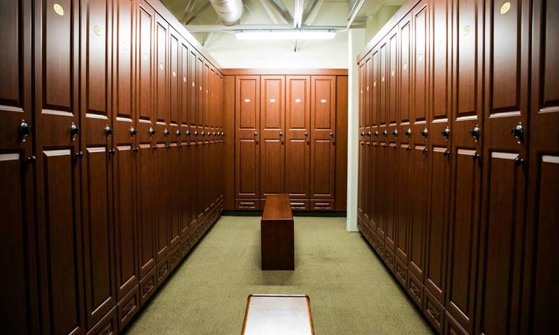 catarqui-golf-locker-rooms-millwork