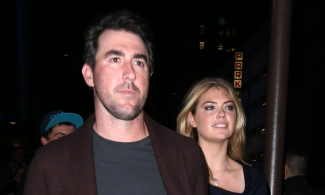 Cupid's Pulse Article: Celebrity News: Kate Upton Kisses Fiancé Justin Verlander After Astros World Series Win