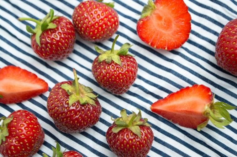 jordbærcupcakes med flødeskum 015