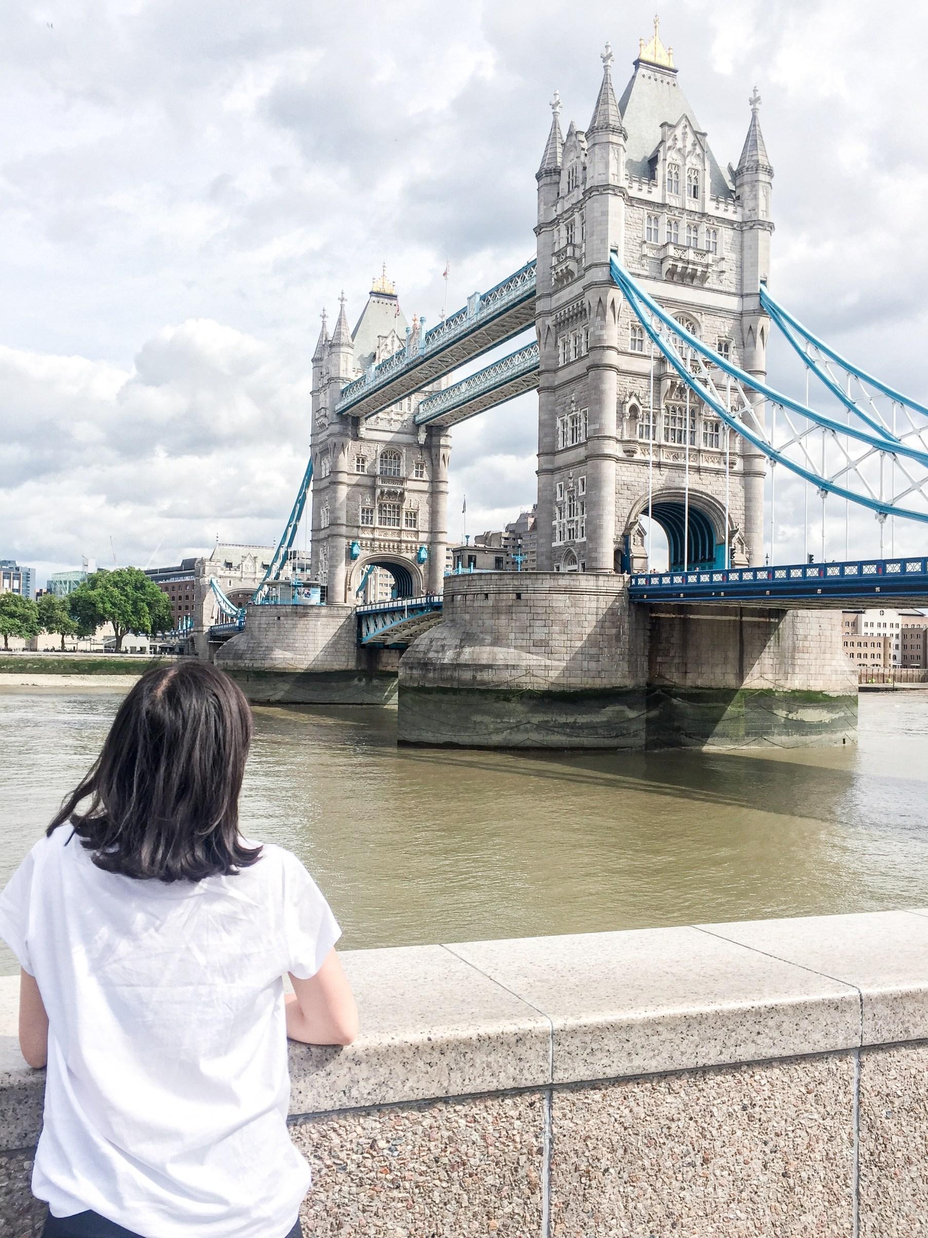 london trip tower bridfe
