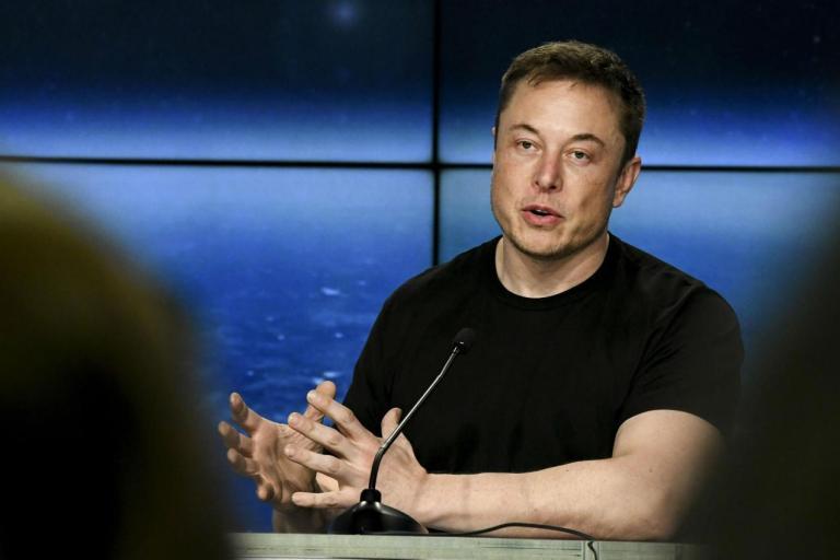 Elon Musk invita a investire con cautela sulle criptovalute